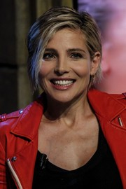Elsa Pataky looked edgy-chic wearing this short, side-parted 'do while visiting 'El Hormiguero.'