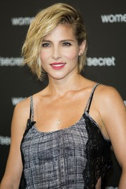 Elsa Pataky traded in her signature pixie for an equally cute wavy bob when she attended the 'Dark Seduction' launch.