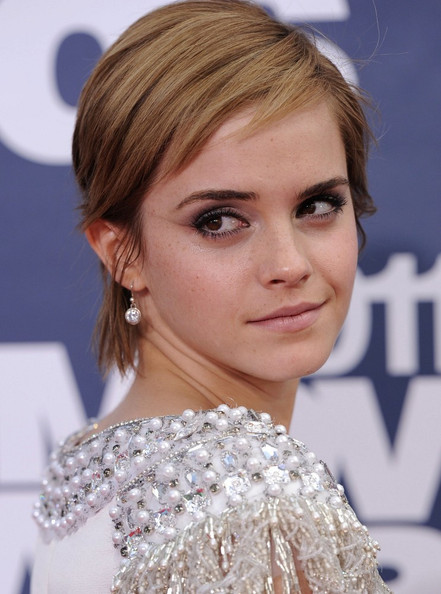 Emma Watson Hair 2011 MTV Movie AwardsGibson Amphitheatre Universal City