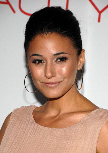 Emmanuelle Chriqui Gold Hoops