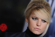 Jessica Simpson paired a modern smoky eye with her retro bouffant hairdo. Black liner and lots of shimmering gray shadow was used to create the sultry effect.