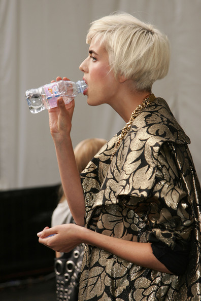 More Pics of Agyness Deyn Gold Chain (2 of 5) - Agyness Deyn Lookbook - StyleBistro