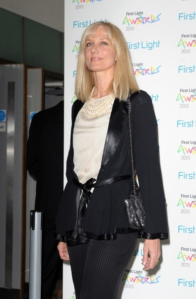 More Pics of Joely Richardson Cardigan (1 of 4) - Cardigan Lookbook - StyleBistro
