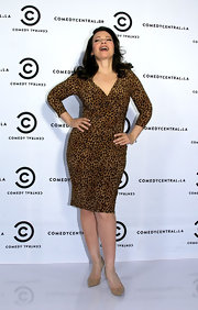 Fran Drescher wore this leopard print dress to the 'Happily Divorced' promotion.