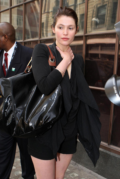 More Pics of Gemma Arterton Oversized Satchel (1 of 3) - Gemma Arterton Lookbook - StyleBistro