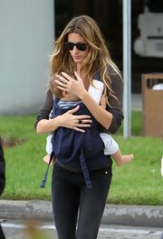 Gisele was spotted with her son in Miami wearing a cool pair of Ryan Ban wayfarer shades.