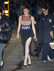 Hailee Steinfeld looked disco-ready in a body-con David Koma dress with a high side slit and metallic embellishments on the bodice as she left 'Kimmel.'