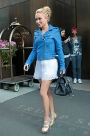 We loved the punch of color Hayden added to her look with this bright blue leather jacket.