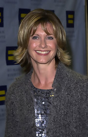 Olivia Newton-John wore shoulder-length layers at the Human Rights Campaign Gala.
