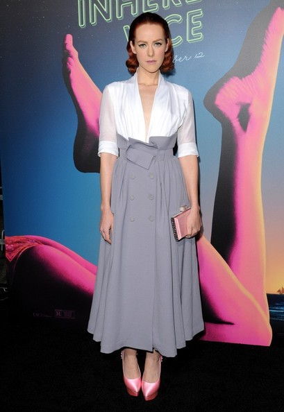 Jena Malone matched her footwear with a pink satin clutch by Judith Leiber.