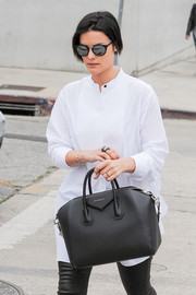 Jaimie Alexander stepped out on a sunny day in LA wearing modern round sunglasses.