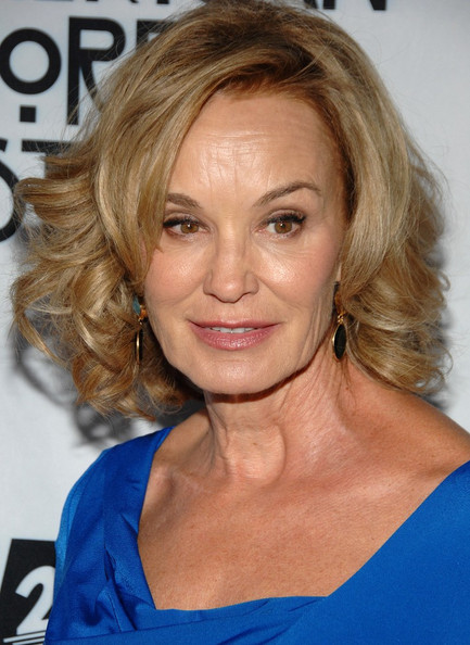 Jessica Lange Curled Out Bob []