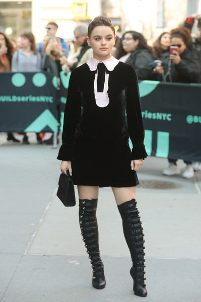 Joey King gave her look a punchy finish with a pair of over-the-knee boots by Christian Louboutin.