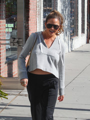 Chrissy Teigen kept it classic with these Prive Revaux aviators while shopping in LA.