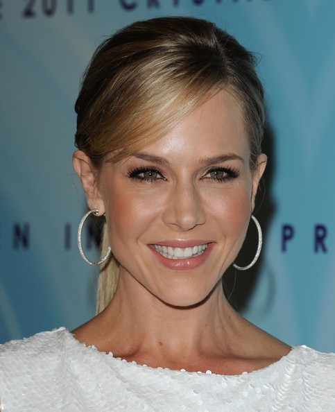 Julie Benz False Eyelashes