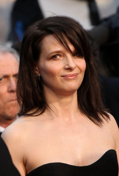 Juliette Binoche Medium Straight Cut with Bangs