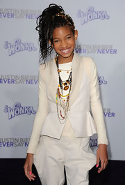 Willow was all smiles in a cream equestrian style ensemble at the premiere of 'Justin Bieber: Never Say Never.'