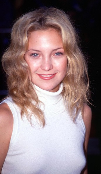 Kate Hudson Long Wavy Cut [eyes wide shut,hair,face,blond,hairstyle,eyebrow,chin,lip,beauty,nose,long hair,premiere,beauty,plastic surgery,surgery,rhinoplasty,hair,hairstyle,face,premiere,toni braxton,plastic surgery,surgery,rhinoplasty,plastic and reconstructive surgery,united states of america,ophthalmology,celebrity,plastic,beauty]