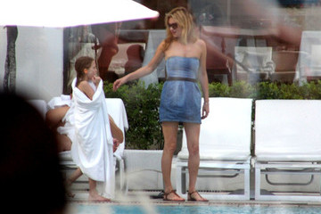 Kate Moss Lila Grace Moss Kate Moss and Daughter by the Pool