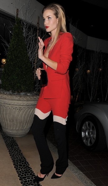 More Pics of Rosie Huntington-Whiteley Hard Case Clutch (1 of 7) - Hard Case Clutch Lookbook - StyleBistro