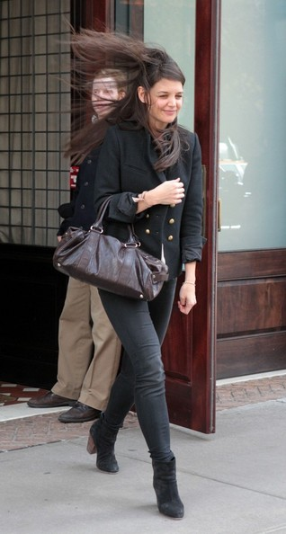 More Pics of Katie Holmes Skinny Pants (5 of 15) - Jeans Lookbook - StyleBistro