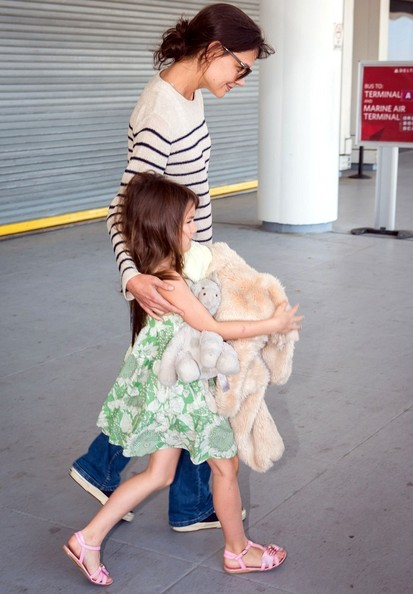 More Pics of Katie Holmes Classic Jeans (1 of 9) - Katie Holmes Lookbook - StyleBistro