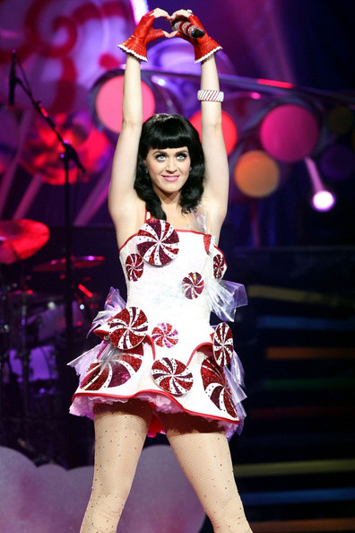 Katy Perry Fingerless Gloves []