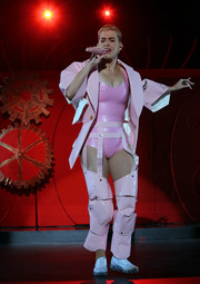 White slip-ons completed Katy Perry's outfit.