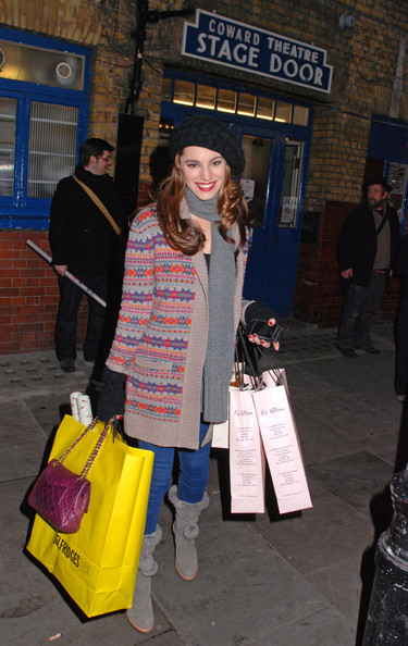 Kelly Brook Cable Beanie []