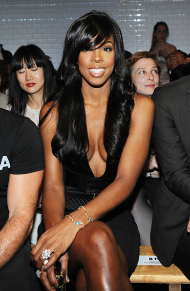Kelly Rowland Long Curls with Bangs