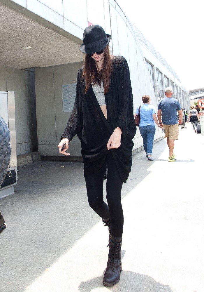 Kendall Jenner arrives at LAX  (Los Angeles International Airport).