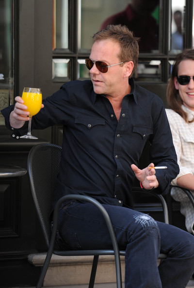Kiefer Sutherland Clothes