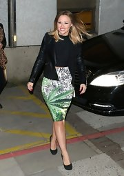 Kimberley Walsh looked ultra chic in a black leather jacket and a printed pencil skirt during a visit to ITV Studios.