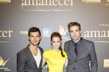 Kristen Stewart Robert Pattinson 'Breaking Dawn - Part 2' Premieres in Madrid