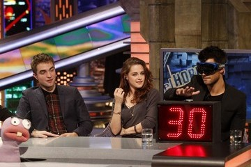 Kristen Stewart Robert Pattinson The 'Twilight' Cast on 'El Hormiguero'