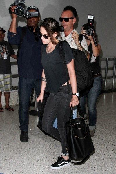 Kristen Stewart was spotted at LAX carrying a stylish black A.L.C. tote.