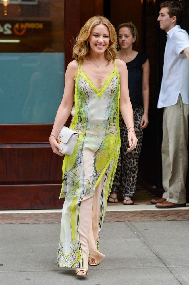 Kylie Minogue Maxi Dress - Kylie Minogue Looks - StyleBistro