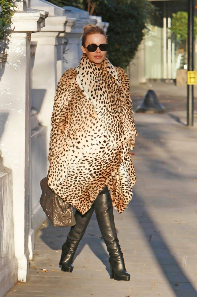 Kylie Minogue Fur Coat Kylie Minogue Clothes Looks