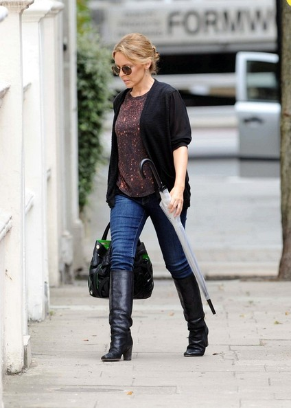 More Pics of Kylie Minogue T-Shirt (1 of 9) - Kylie Minogue Lookbook - StyleBistro