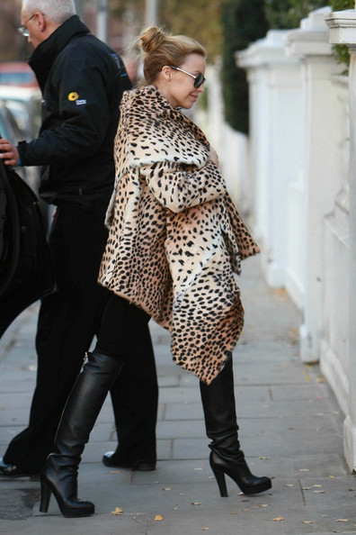 More Pics of Kylie Minogue Fur Coat (1 of 7) - Fur Coat Lookbook - StyleBistro