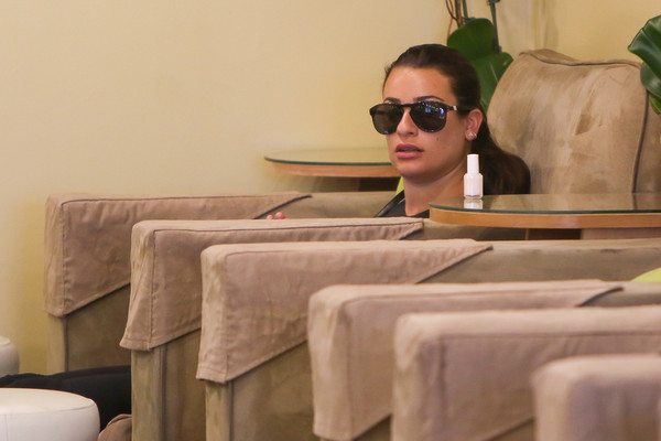 Lea Michele Oval Sunglasses