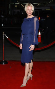 Renee Zellweger sizzled at the premiere of 'Leatherheads' in glittery silver pumps.