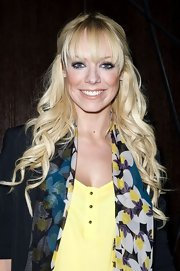 Liz Mcclarnon looked super sweet at the 'Let It Be' press night with her long curls and wispy bangs.