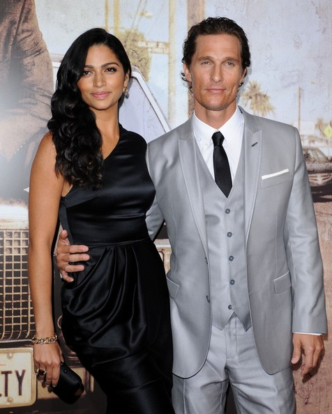 ba500a22cc Matthew McConaughey & Camila Alves - The Best Dressed Couples of ...
