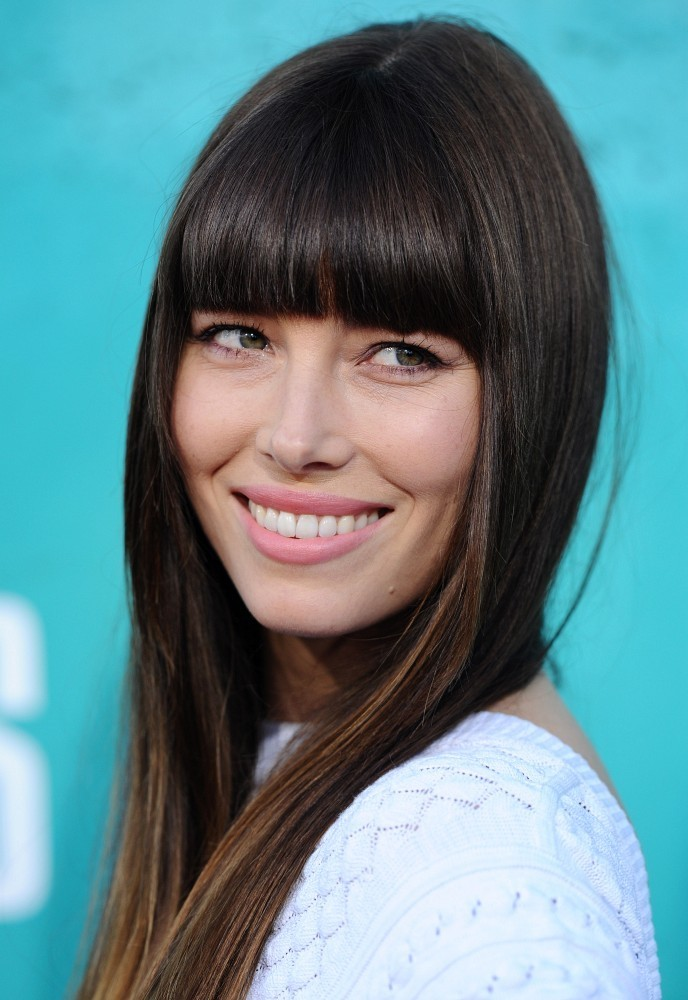 More Straight Guys Here Follow: More Pics Of Jessica Biel Long Straight Cut With Bangs (4