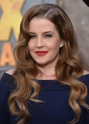Lisa Marie Presley showed off perfectly styled waves at the 'Mad Max: Fury Road' premiere.