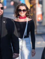 Maisie Williams went retro-chic with these cateye sunnies while headed to 'Kimmel.'