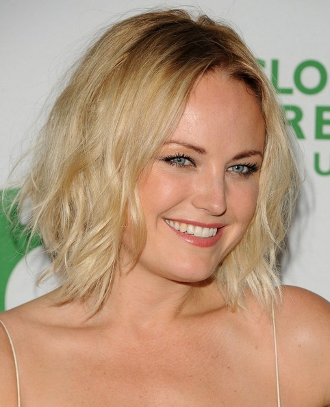 Malin Akerman Short Wavy Cut []