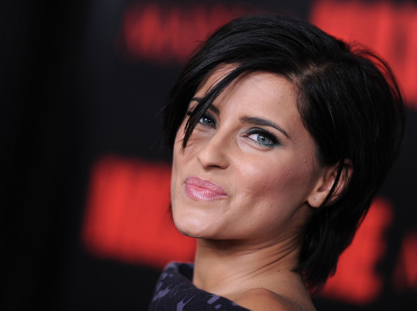 More Pics of Nelly Furtado Side Parted Straight Cut (1 of 8) - Short Hairstyles Lookbook - StyleBistro []