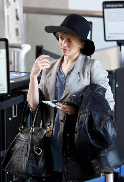 More Pics of Rachel McAdams Sun Hat (5 of 14) - Rachel McAdams Lookbook - StyleBistro